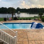 Grand Flagstone Concrete Swimming Pool Deck